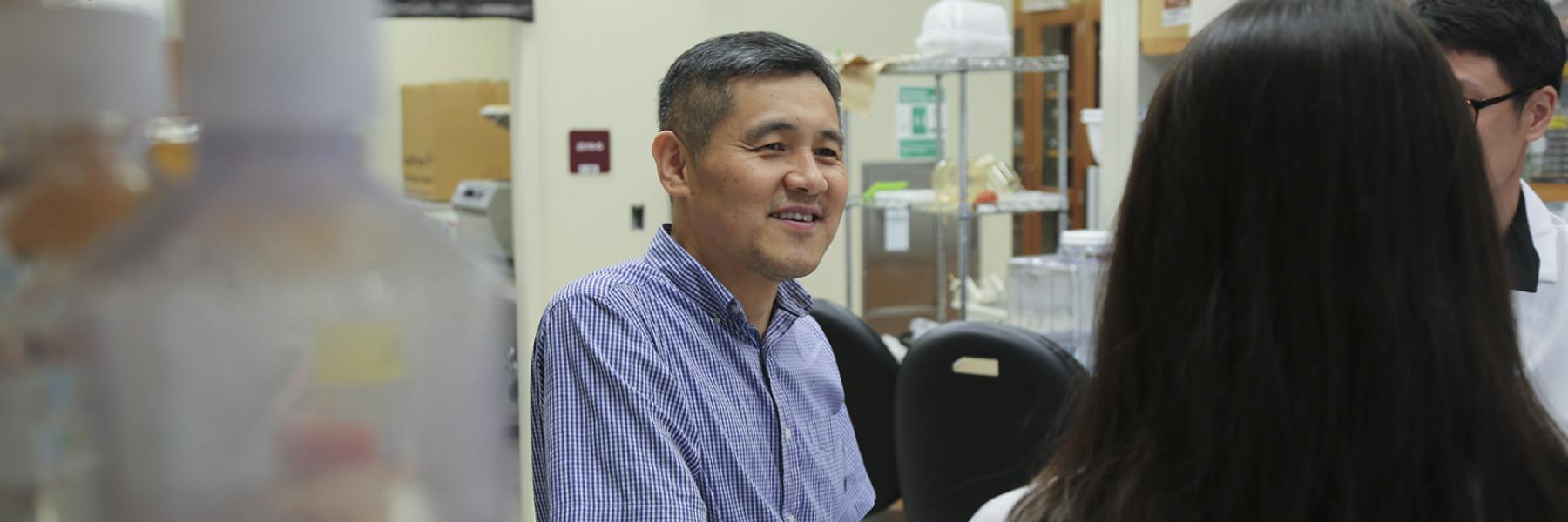 Associate Professor Choogon Lee
