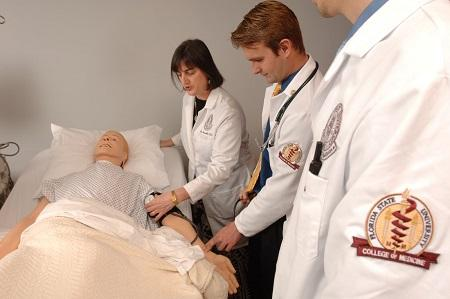 Photographed: Dr. Lisa Granville with FSU College of Medicine students in the simluation center.